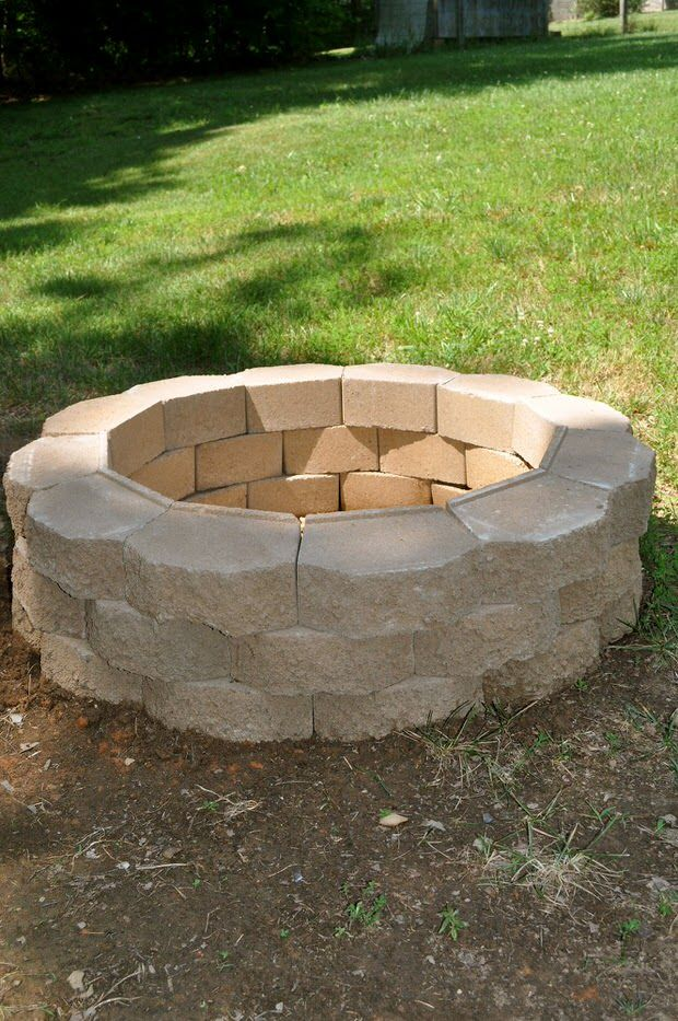 How to Build a Back Yard DIY Fire Pit (It's Easy Fire