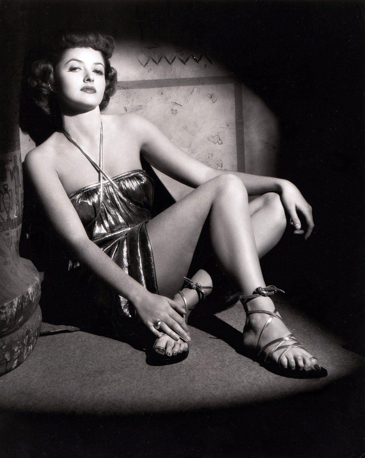 Barbara Stanwyck Hot videos Eva Converse,Lisa Guerrero