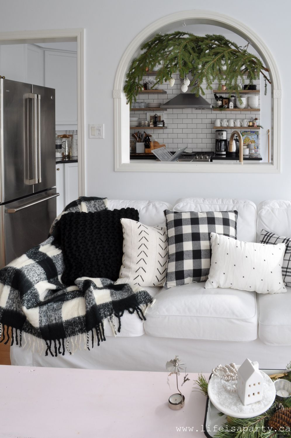 39 best farmhouse minimalist home tour ideas for inspire on beautiful modern black white living room inspired id=14746