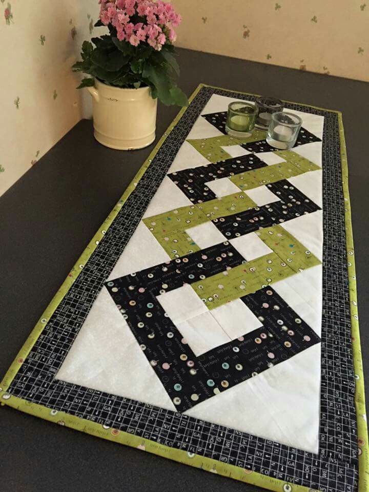 Interlocking Squares Free Craftsy Pattern Quilted