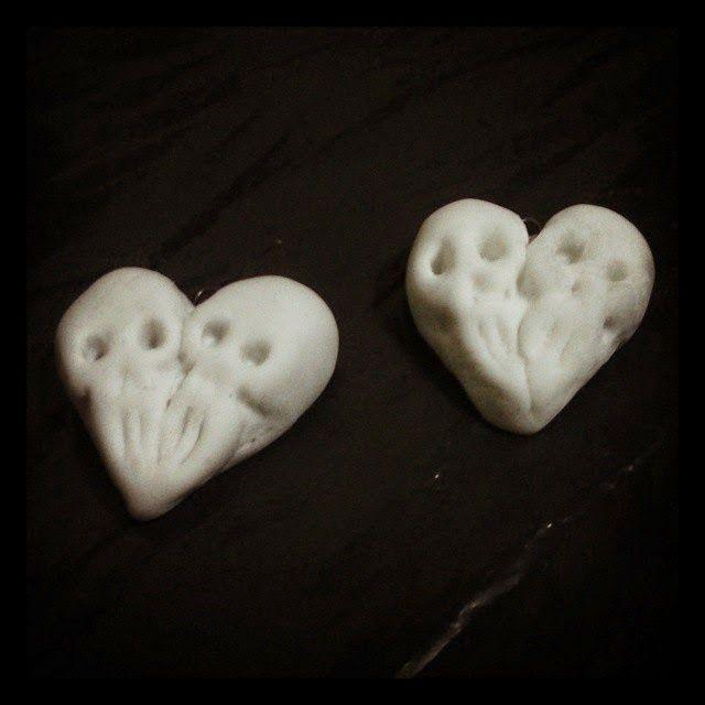 Piezas que complacen las sombras de tu alma: SKULL ~ HEART