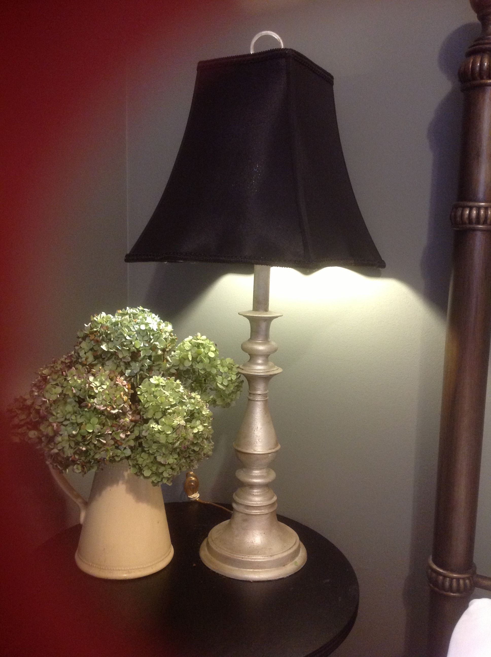 Pin By Andra Conway On Home Ideas Painting Lamps Lamp Makeover Furniture Makeover Diy