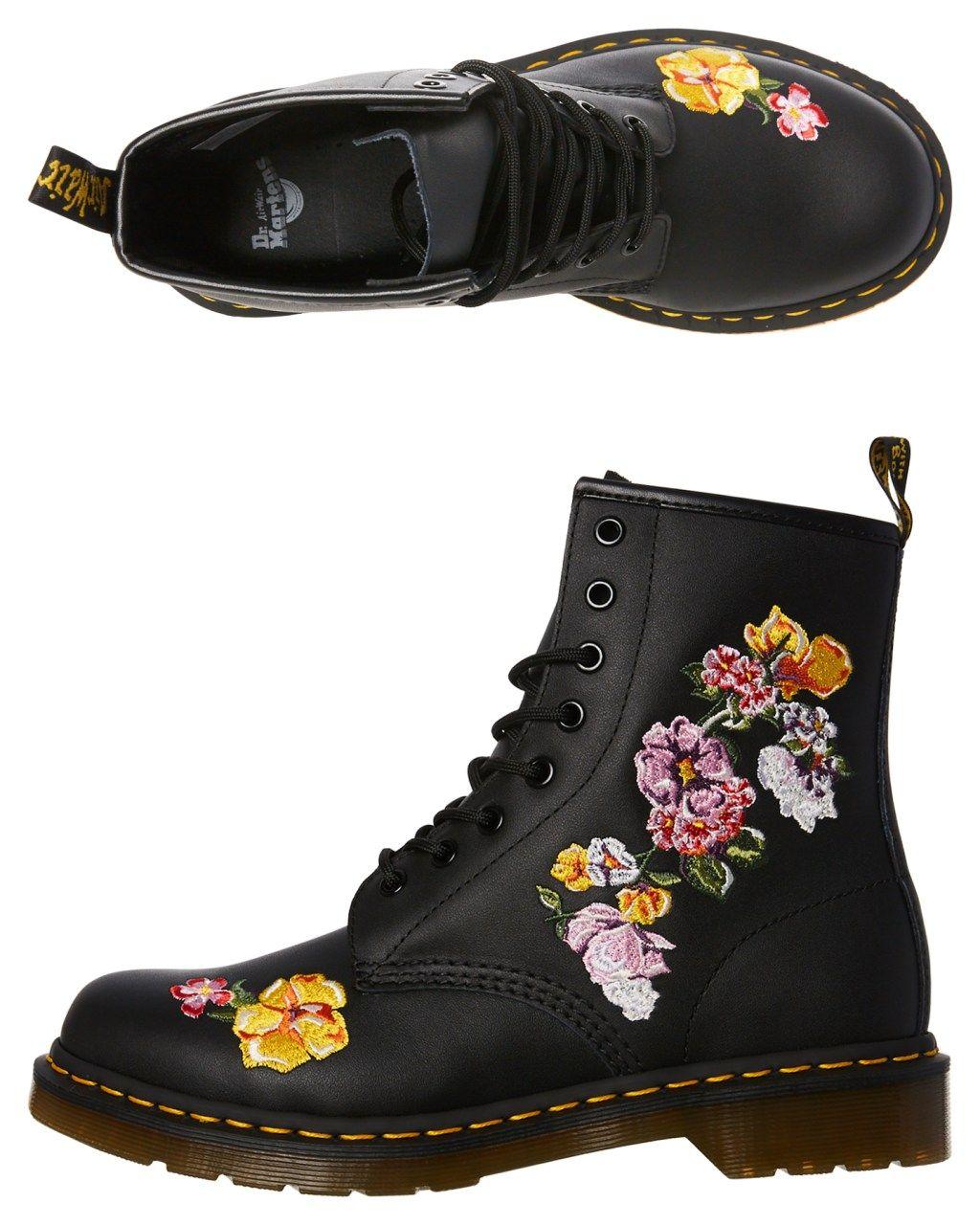 e397ffd55e3b Dr. Martens Womens 1460 Vonda 8 Eye Boot Black Womens Boots Size 5 ...