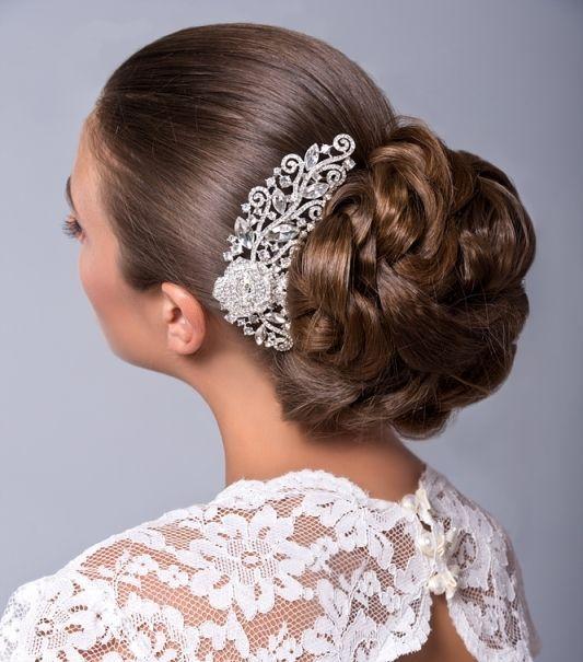 idee coiffure mariage chignon bas avec peigne de mariée01