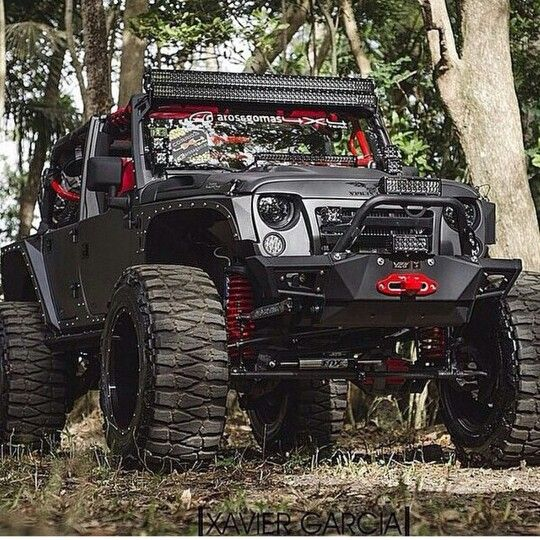 Perfect Pimped   Out Jeep Wrangler 4x4