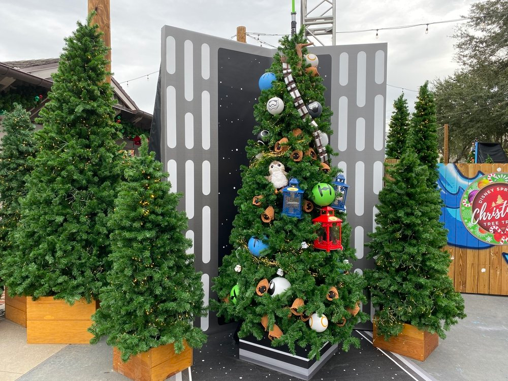 A Closer Look at the Themed Trees of the 2019 Christmas ...
