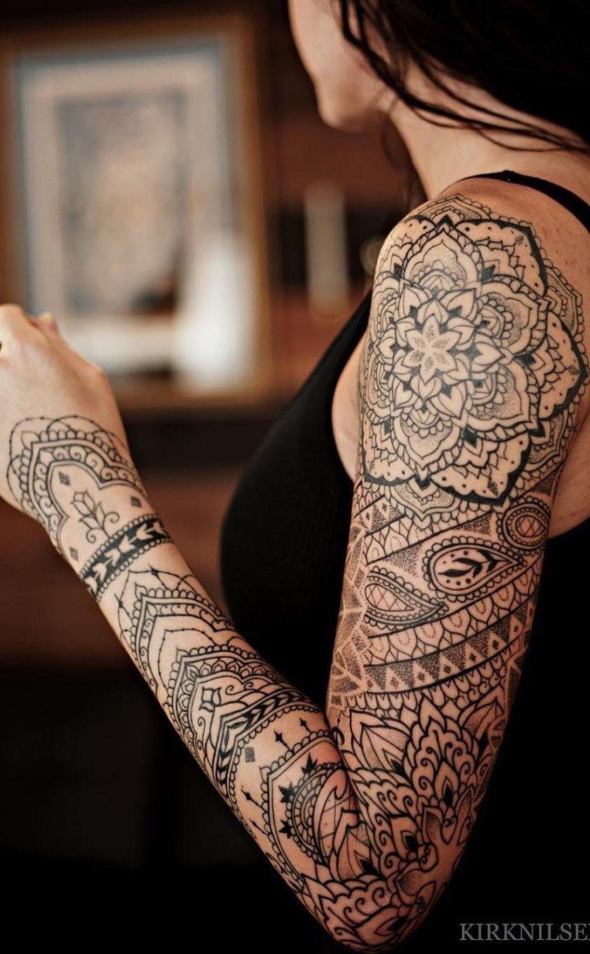 Braço fechado de tatuagem feminina Manga mandala