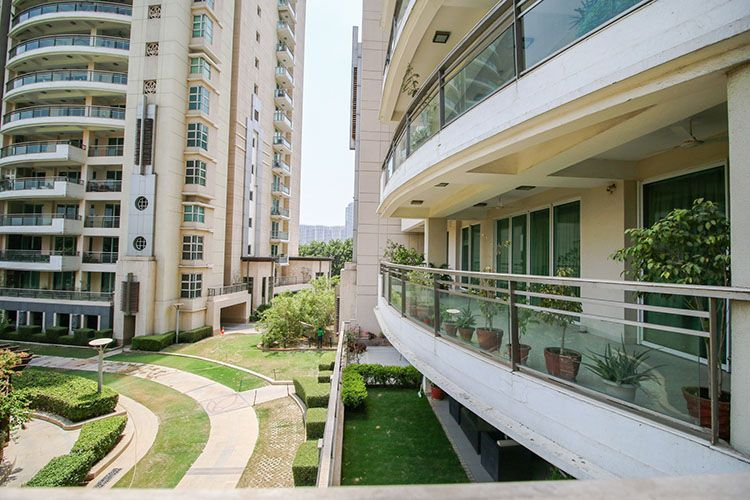 Find The Best Rental Apartments In Dlf Aralias Golf Course Road Gurugram Apartments For Rent Rental Apartments Staff Quarters