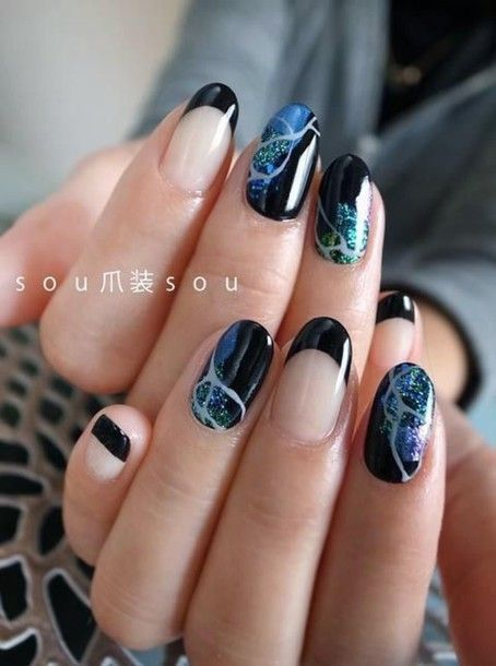 Nail Polish Nail Art Marble Negative Space Nail Art Dark Glitter