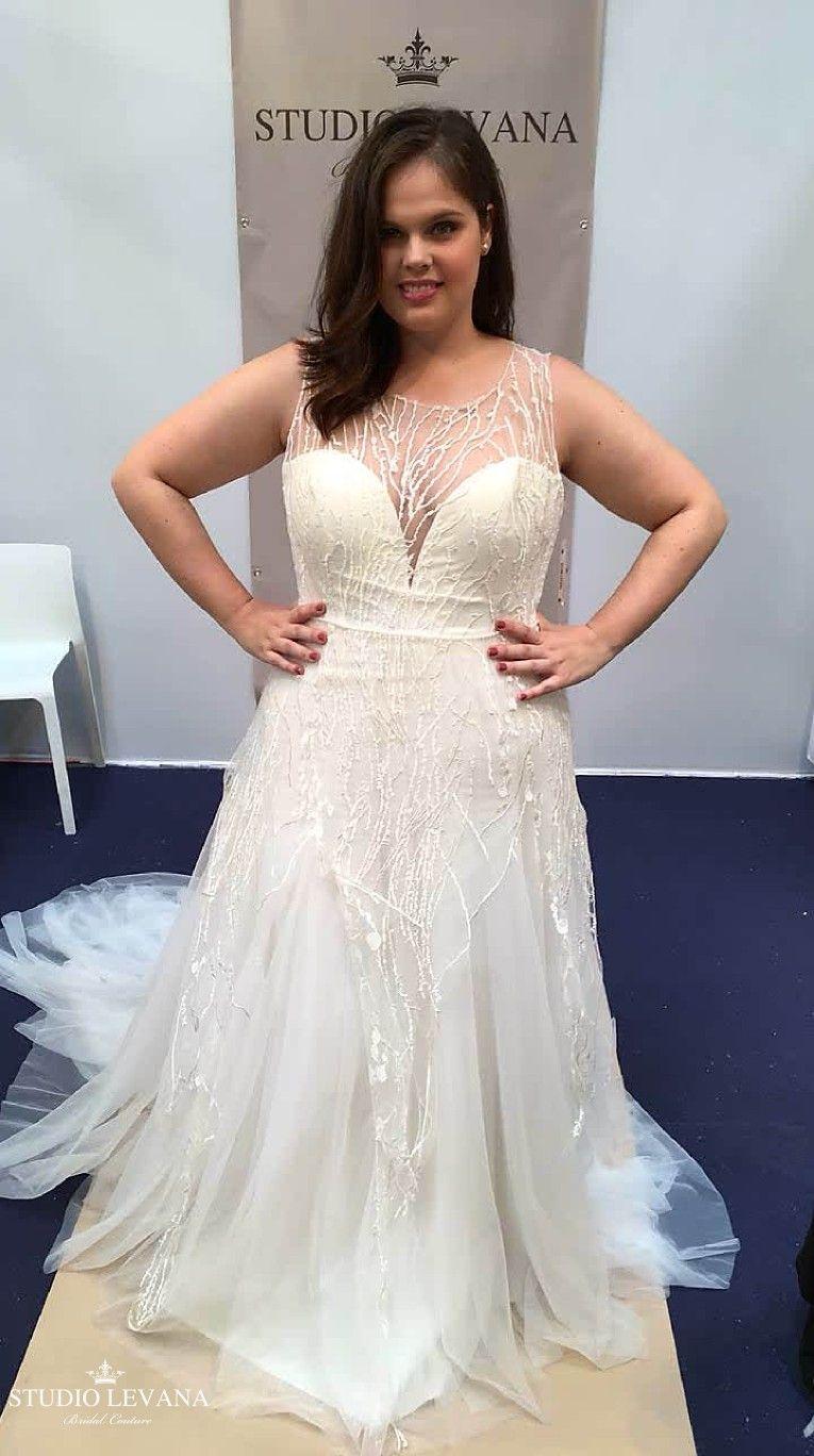 Unique Plus Size Wedding Gown Rainy Studio Levana Plus Size Wedding Gowns Plus Size Wedding Wedding Gowns