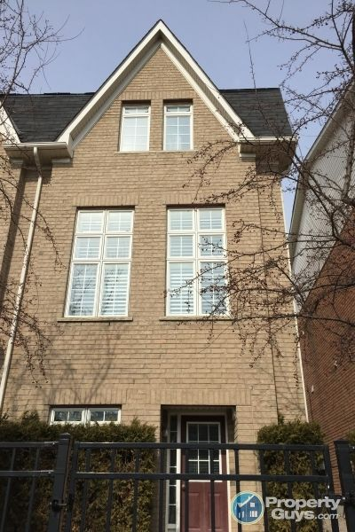 Private Sale: 21 Sprucedale Way, Whitby, Ontario - PropertyGuys.com