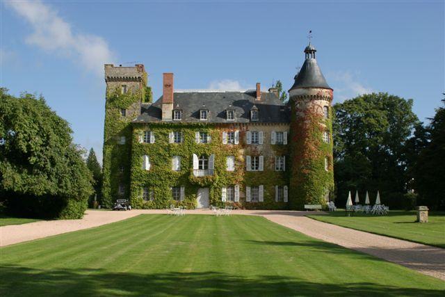 Chateau du Ludaix Marcillat en Conbraille, Auvergne