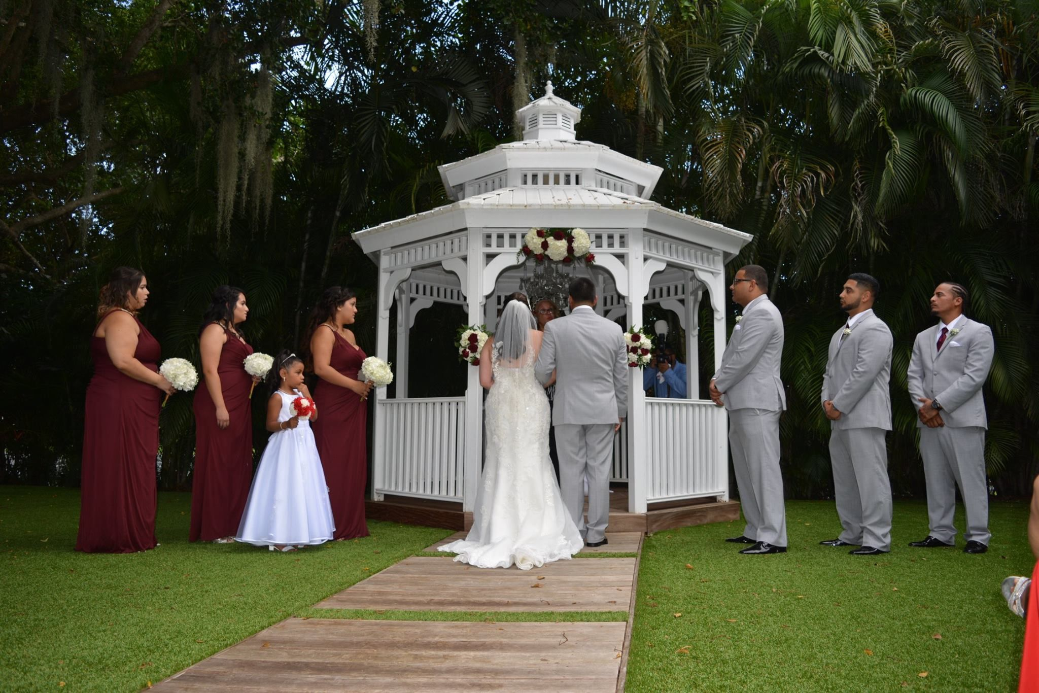 Congrats To Our Newly Weds Yarisbel Rafael Thank You For Letting