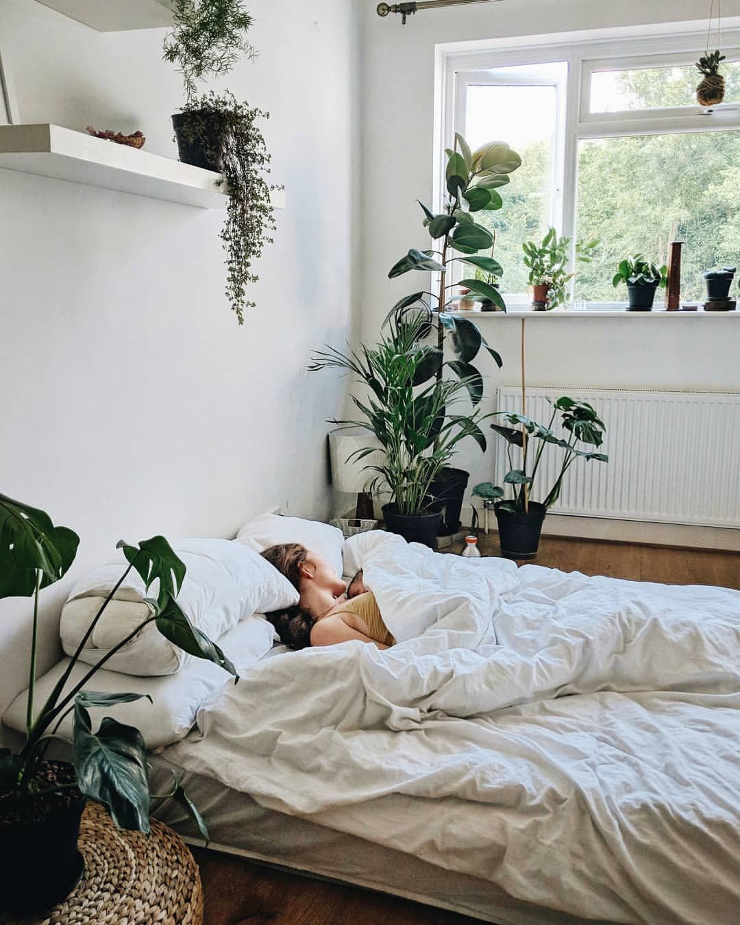 Cushty interior design and home plus diy bedroom furniture ideas