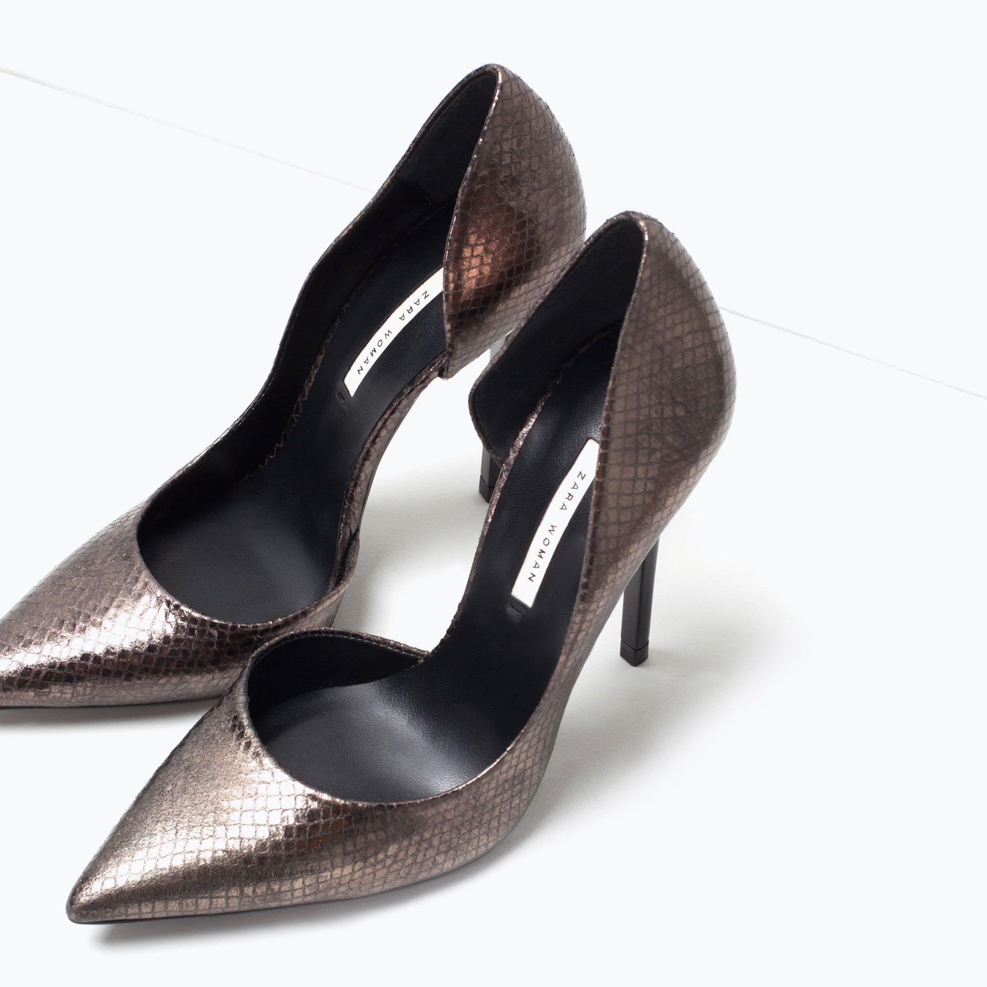 ZARA - WOMAN - Embossed leather court shoe