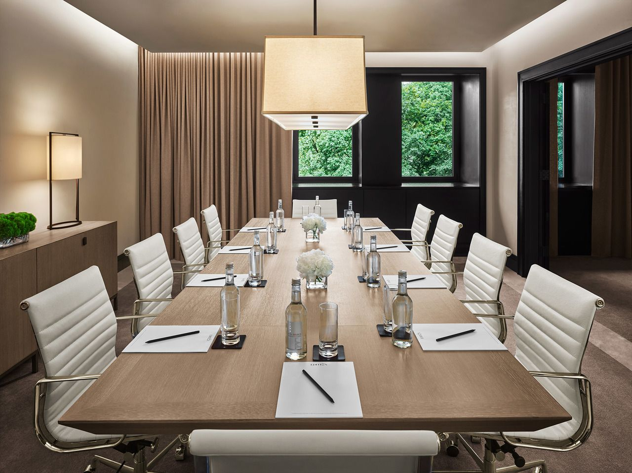 New York Edition Hotel Meeting Room Hotel Design