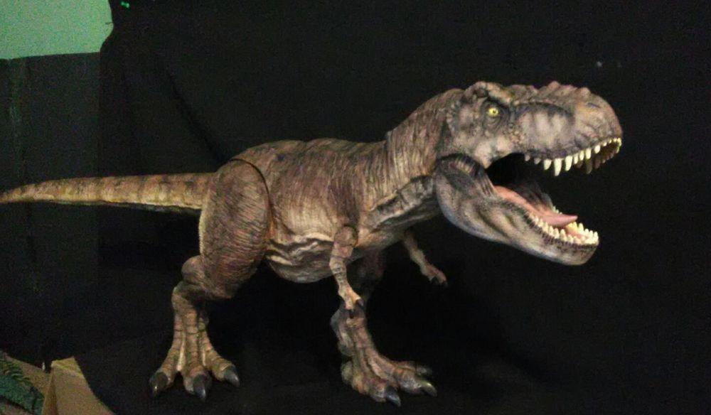 Jurassic World Fallen Kingdom Battle Damage Super Colossal Custom Female T Rex Mattel Jurassic Park Toys Jurassic Park World Jurassic Park Series