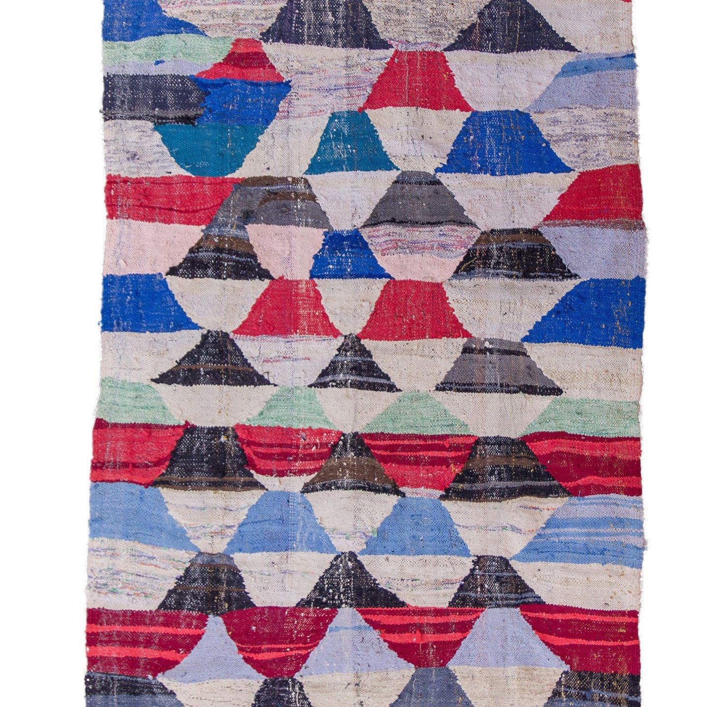 Tapis Style Kilim Have Y All Seen The Latest Style Of Upcycled Moroccan Rag Rugs