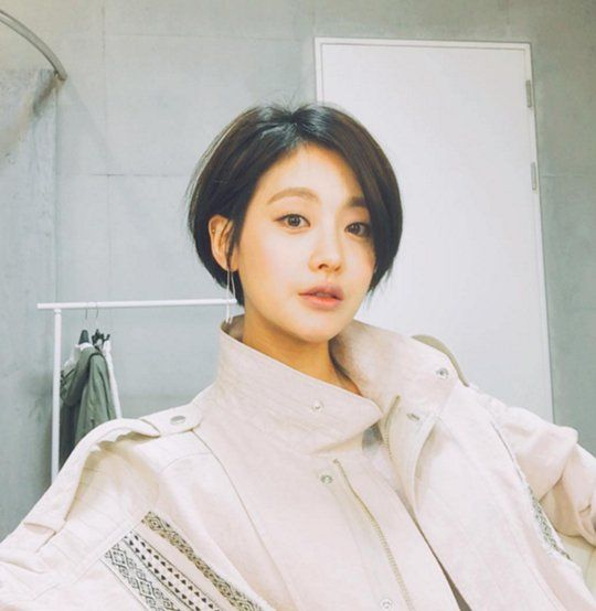 Oh Yeon Seo S Fascinating Short Hairstyle Asian Short Hair Korean Short Hair Shot Hair Styles
