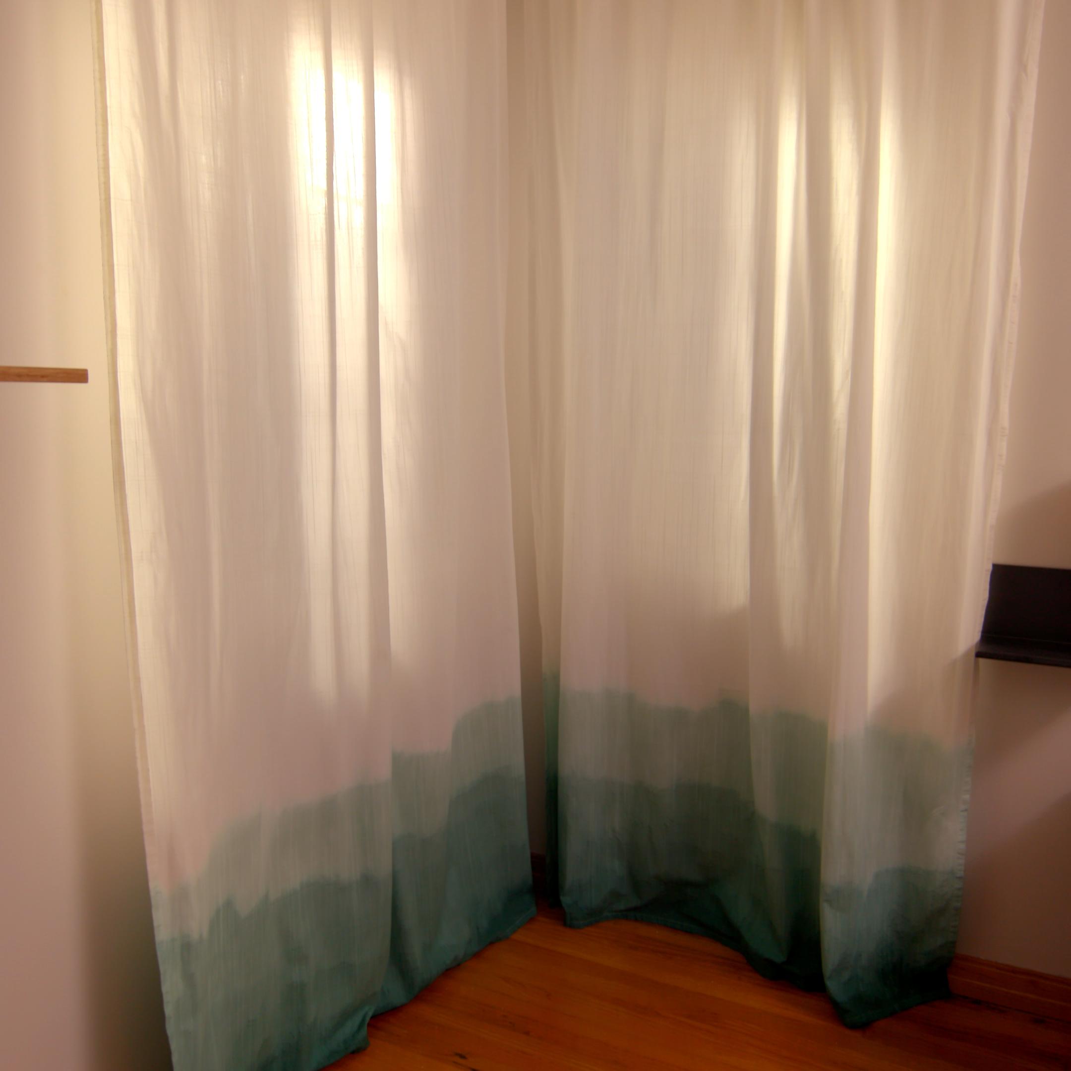 Design 101: DIY Ombré Curtains images