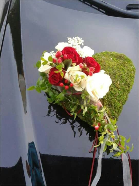 pin von magalie leger auf carriages and cars flower decor pinterest herzchen und blumen. Black Bedroom Furniture Sets. Home Design Ideas