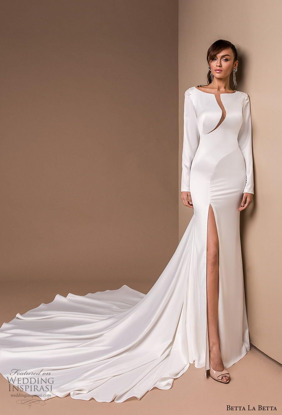 18 Simple But Classy Wedding Dresses Ideas Stunning Wedding Dresses Wedding Dresses Wedding Dresses Simple [ 1675 x 800 Pixel ]