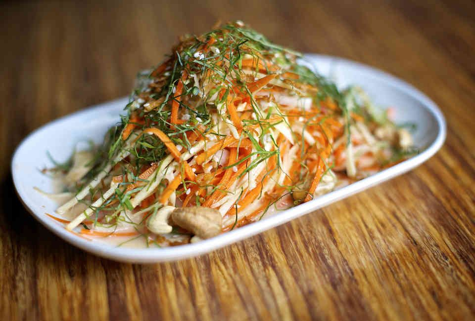 Best Thai Restaurants In Nyc Near Me Thrillist In 2020 Thai Food New York Nyc Food Best Thai Restaurant