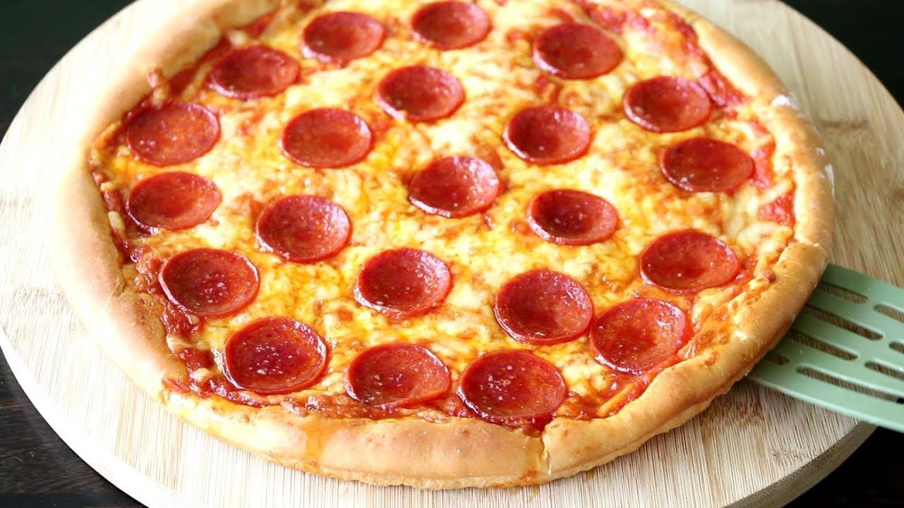 Homemade Pizza Video Recipe Quick N Easy Pizza Recipe To Make At Home Youtube Pizza Recipes Easy Homemade Pizza Recipe Easy Easy Homemade Pizza