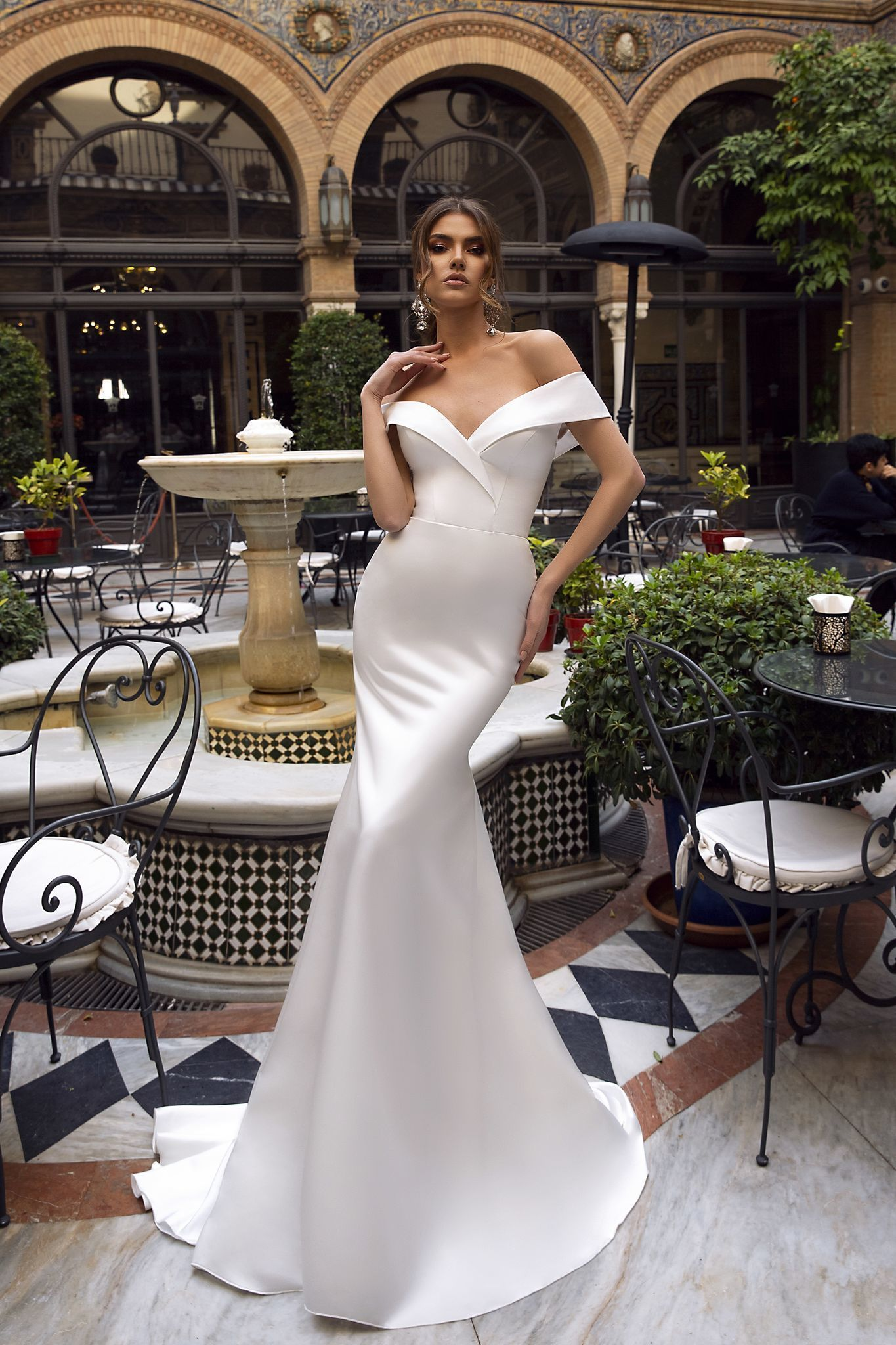 Cw191 Simple Satin Sweetheart Off The Shoulder Mermaid Wedding Dress Satin Mermaid Wedding Dress Off Shoulder Wedding Dress Mermaid Wedding Dress [ 2048 x 1365 Pixel ]