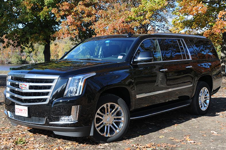 Professional Chauffeured Black Car Services In New Jersey Nj Chauffeuredcar Chauffeuredcarservice Professionalchauffeured Black Car Service Black Car Limo