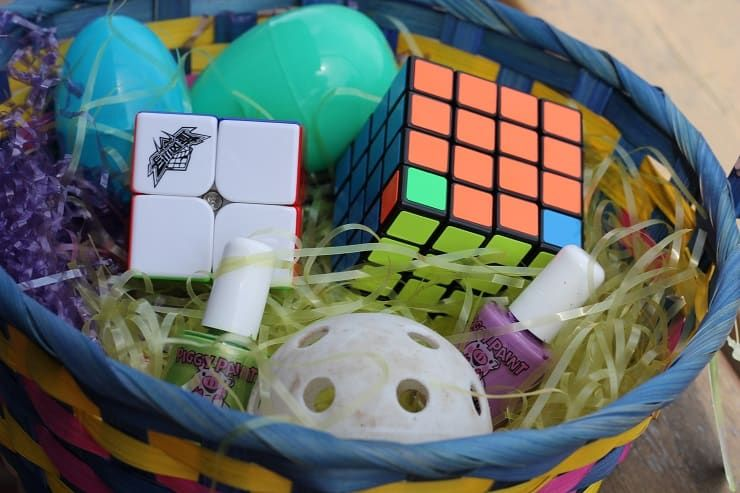 Healthy Easter Basket Ideas Without Candy No Junk Either Healthy Easter Healthy Easter Basket Easter Baskets