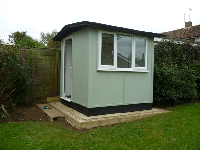 Smart garden office Luxury This Smart Garden Office Is Ideal For One Worker Pinterest This Smart Garden Office Is Ideal For One Worker Small Garden