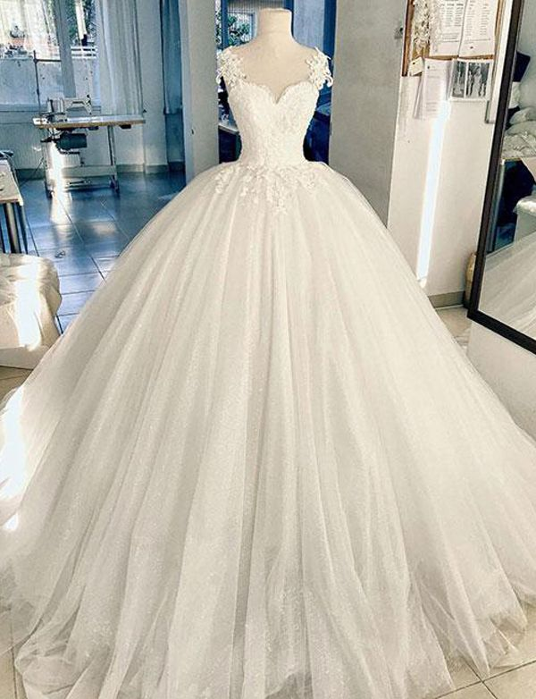 Elegant A-Line White Tulle Ball Gown Long Prom/Evening Dresses with Appliques