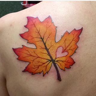 fall leaf tattoo google search tattoo ideas pinterest fall leaves tattoo leaf tattoos. Black Bedroom Furniture Sets. Home Design Ideas