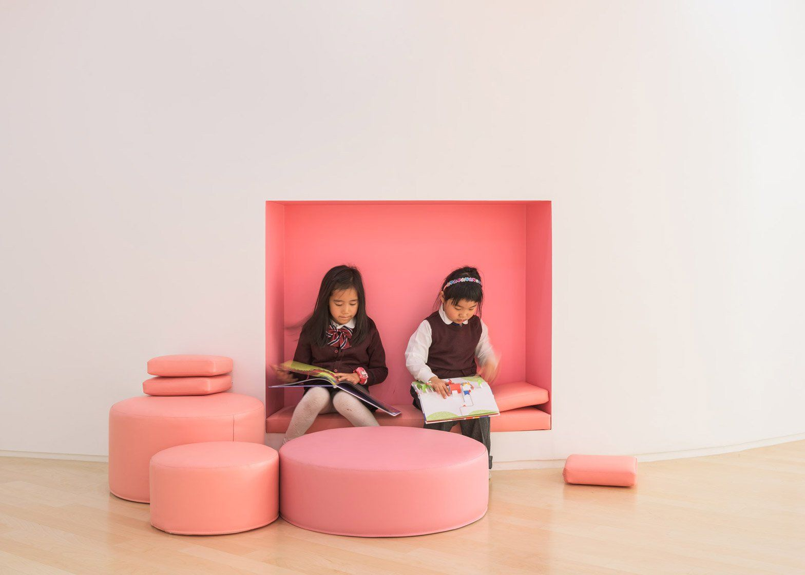 Walls With Built In Flowerpots And A Staircase That Functions As A Play Space Both Feature At This Kindergarten Interior Kindergarten Design Classroom Interior