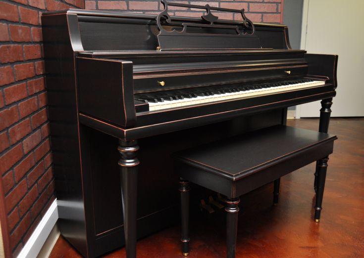 die besten 25 refinish klavier ideen auf pinterest bestrichene klaviere klavier dekoration. Black Bedroom Furniture Sets. Home Design Ideas