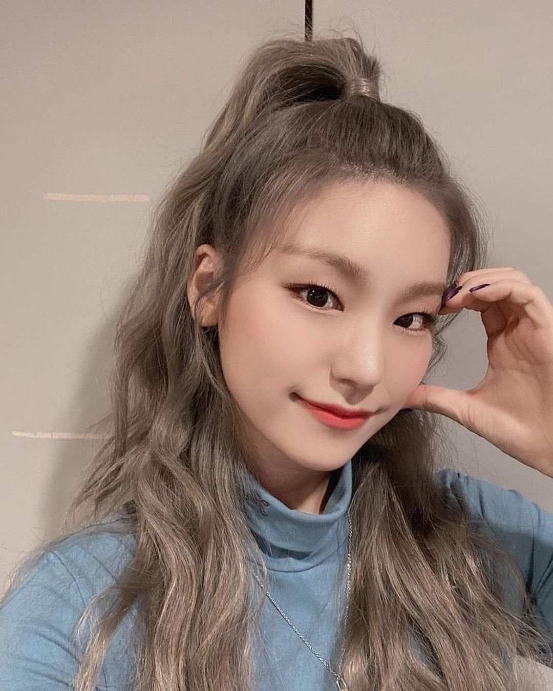Bikin Terkesima 10 Idol Kpop Ini Dijuluki Berwajah Paling Menarik Di 2020 Idol Mamamoo Wajah