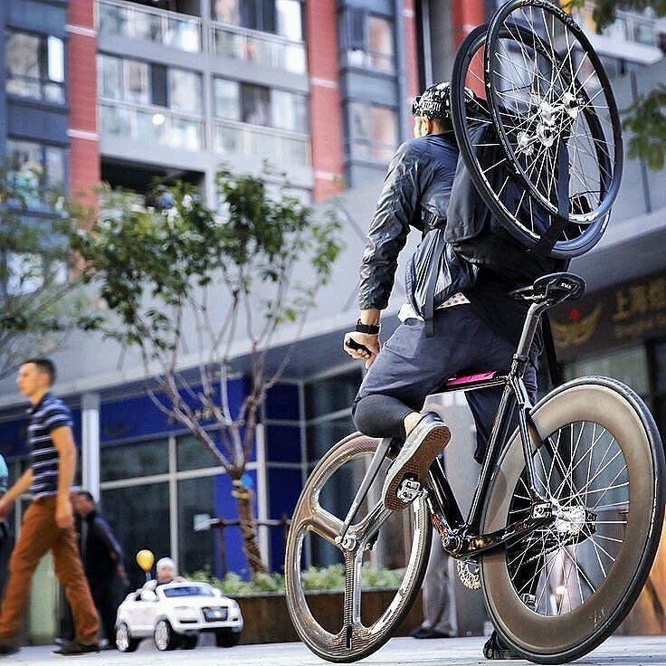 Pin By Hassan Scarborough On Andilovebikes Pinterest Fixie