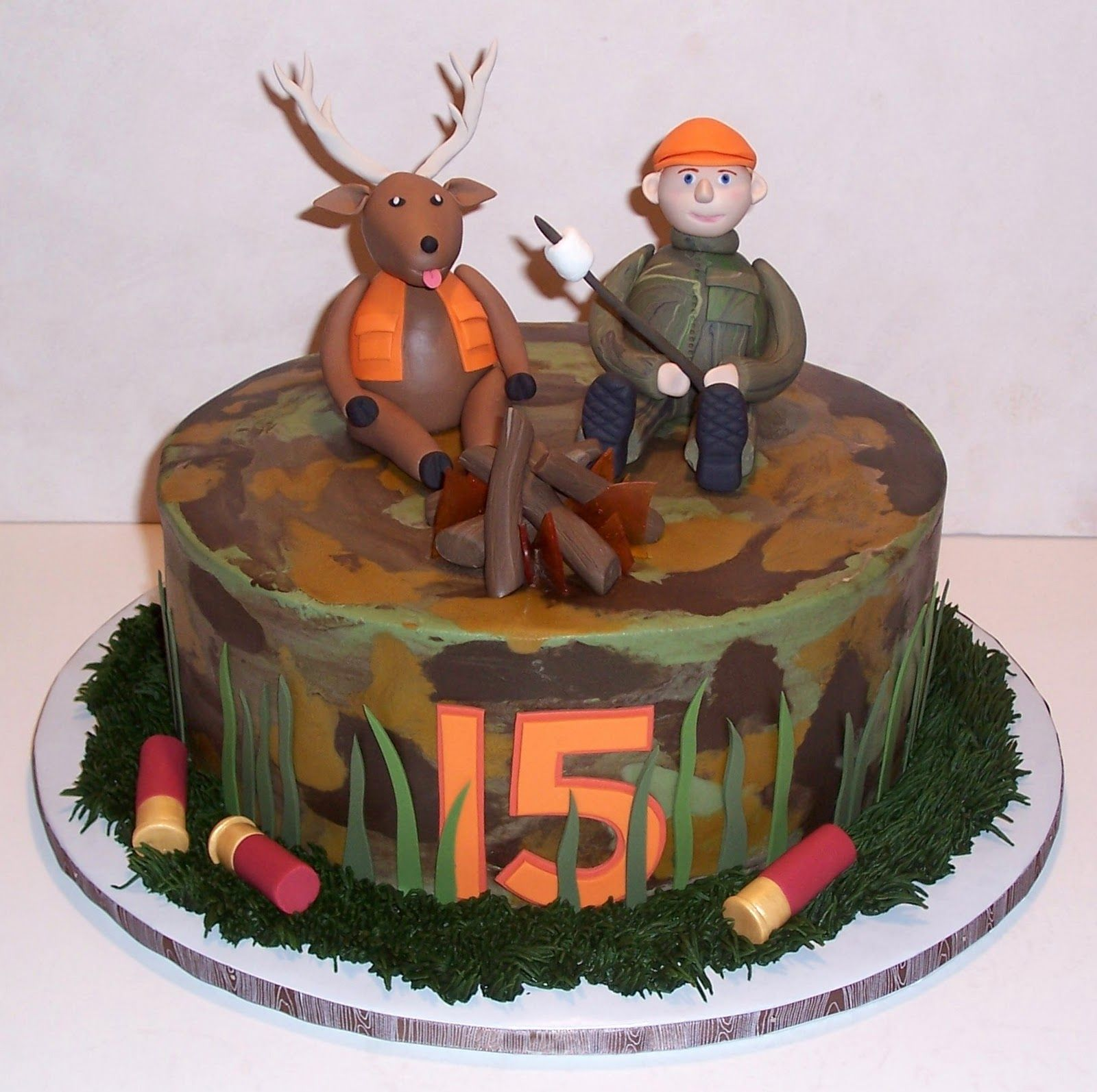 hunting cakes Open Season on Cakes Hunting Party Ideas