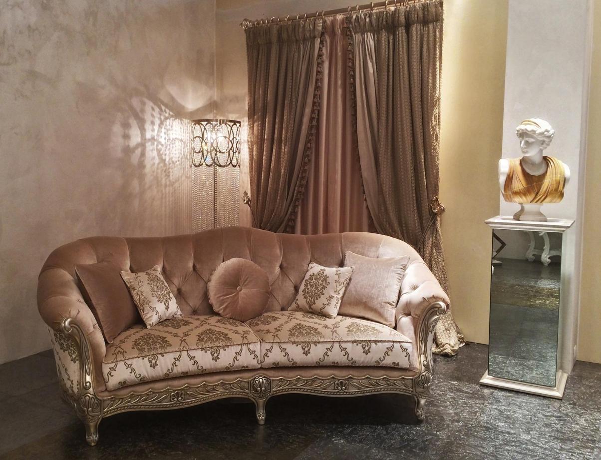 Canova #sofa By Mantellassi. Italian FurnitureSofasTraditional