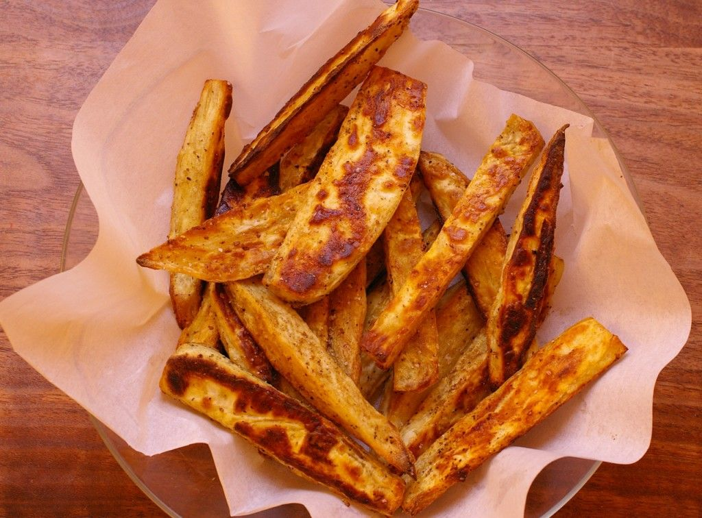 Cumin-Spiked Sweet Potato Fries / #glutenfree #dairyfree #sweetpotato #cumin #fries