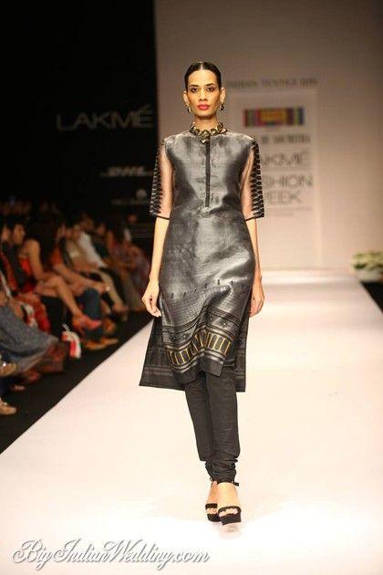 Soumitra Mondal Lakme Fashion Week 2013 Lehengas Sarees Lakme Fashion Week Fashion Indian Fashion