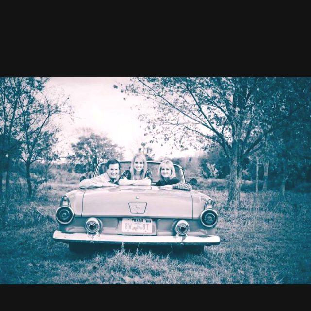 www.laurenspictures.com