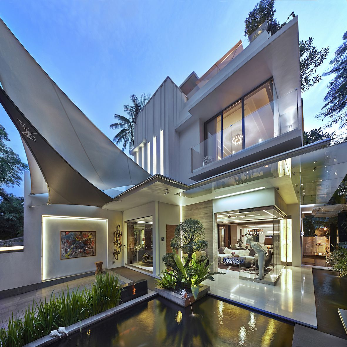 This Ecuadorian Mansion Comes With A Ridiculously Cool: Www.iida-intl.com#Luxurious Residential Designs#Modern