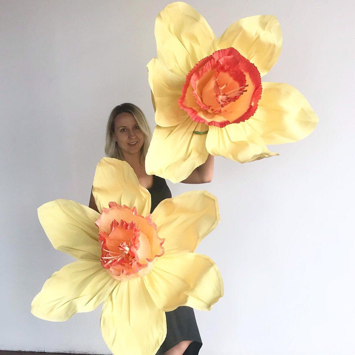 Large paper flower, Giant paper flower, big paper flower for any occasion or projects Nrcisus or daffodil #constructionpaperflowers Excited to share this item from my #etsy shop: Large paper flower, Giant paper flower, big paper flower for any occasion or projects Nrcisus or daffodil #constructionpaperflowers Large paper flower, Giant paper flower, big paper flower for any occasion or projects Nrcisus or daffodil #constructionpaperflowers Excited to share this item from my #etsy shop: Large pape #bigpaperflowers