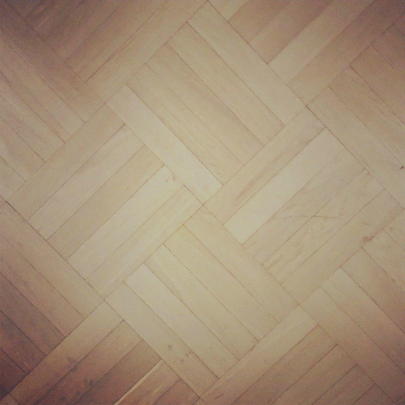 Ihana uusi/vanha lattia!