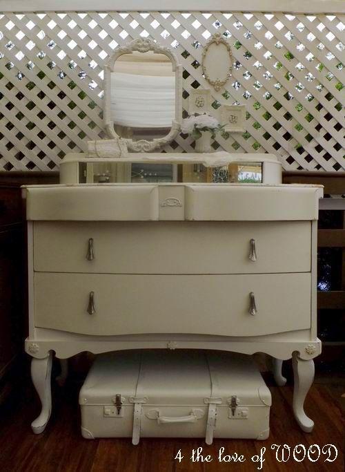 4 the love of wood LUSCIOUS LANKY LEGS - adding legs to a dresser - peinture sur meuble bois