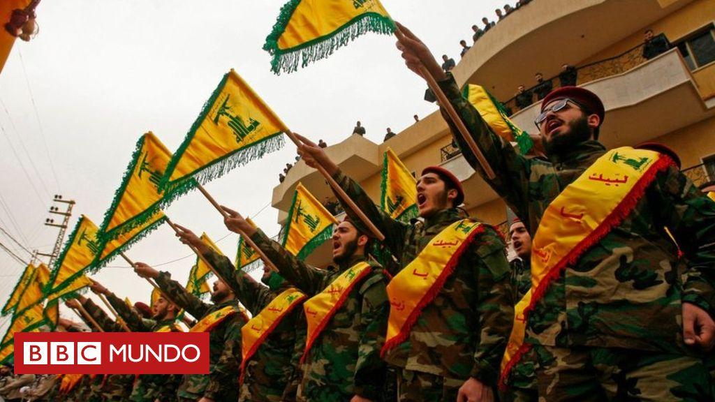 El grupo militante chiita Hezbolá ha sido descrito como una de las organizaciones armadas más poderosas de Medio Oriente y, según Israel, es la amenaza más grave que enfrenta en estos momentos. Por ello está determinado a detener el avance de la organización que actualmente combate en Siria.