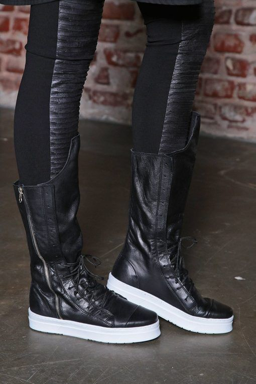Womens boots black leather