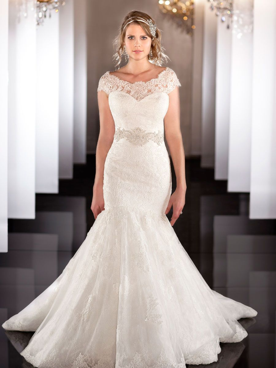 Illusion Detachable Neckline Fit Flare Sweetheart Mermaid Wedding Dress